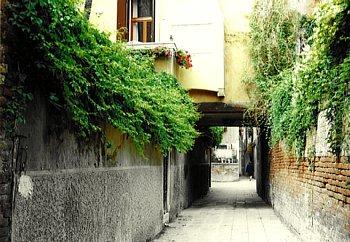 ヴェネツィア路地_350-242.jpg