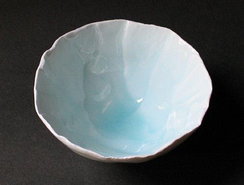 青白磁茶碗_2008-2_500-378.jpg