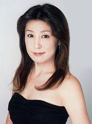 石田亜希子1 180-242s.jpg