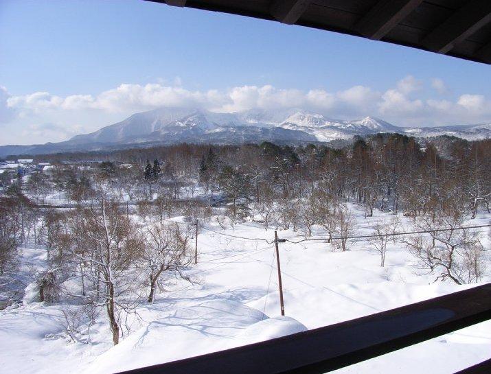 部屋よりの磐梯山.jpg